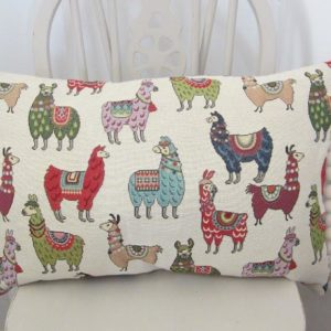 Long llama cushion