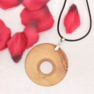 Olivewood pendant - Woodcraft by Owen