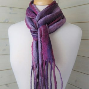 Amethyst scarf of a mannequin