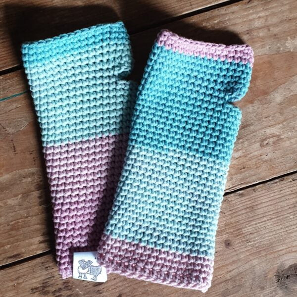 Scruffy Dog Creations, Pink and Blue Wristwarmers, Hand crochet