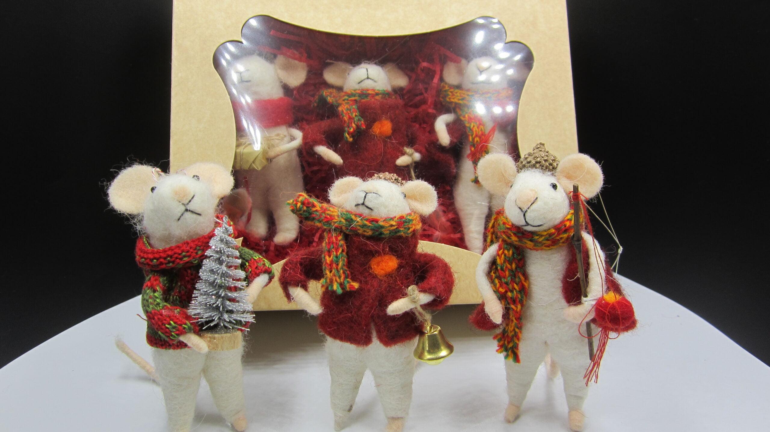 Box of festive felt Christmas mice