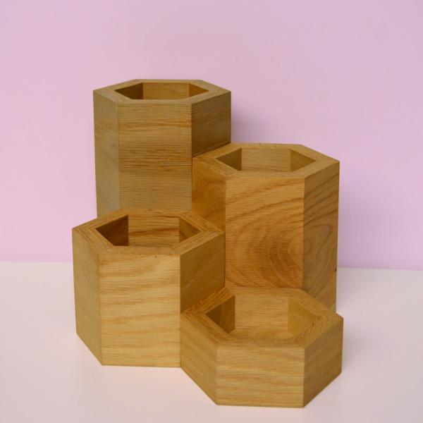 hexagonal vase collection oak