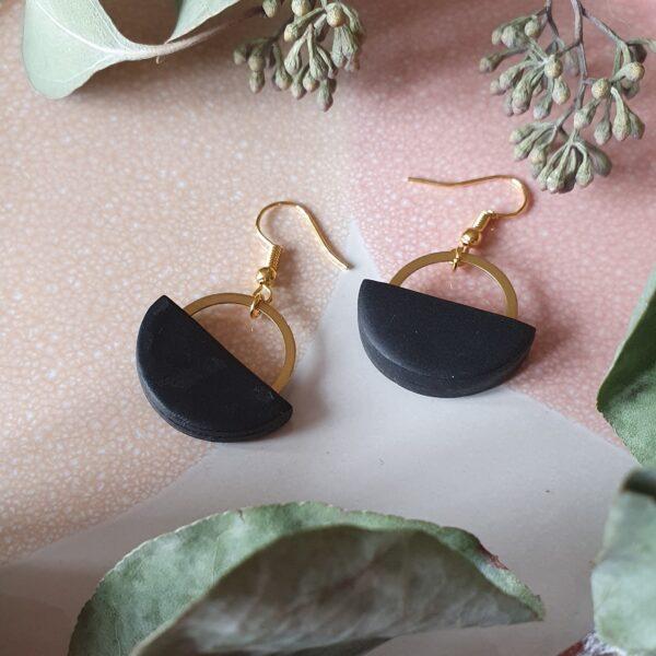 lana brass blaxk earring